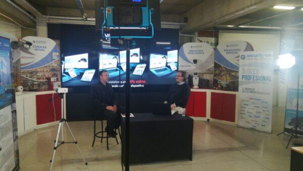 Estudio Security One TV: La invención de los VIVOS